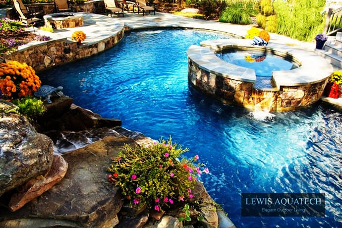 Bath Into 45 Amazing Swimming Pools That Can Beautify Your