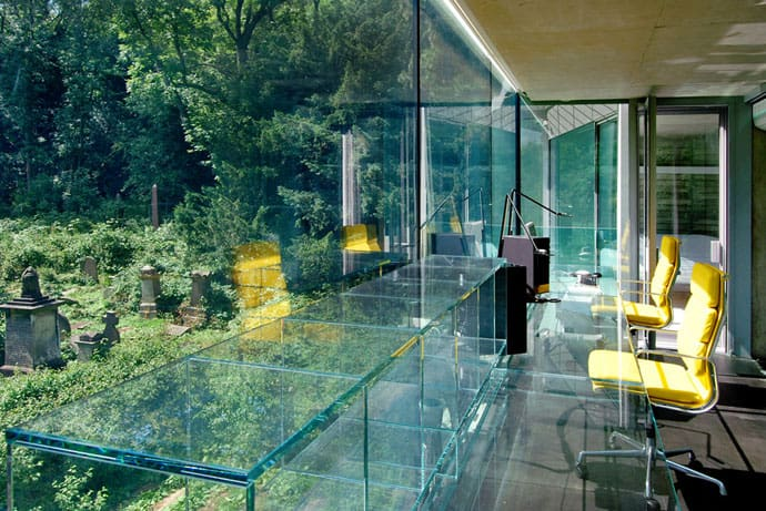 A Modern House Next To An Old Cemetery By Eldrige Smerin