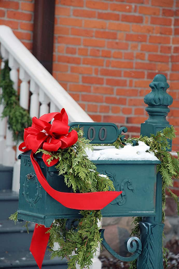 30 Ideas To Dress Up Your Mailbox In A Fairy Tale Look For