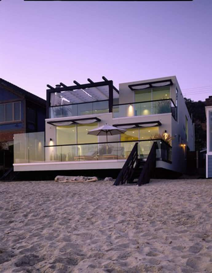 Top 10 Most Beautiful Beach Houses Across The World Presented On