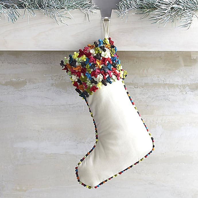 15 Christmas Stockings Decorating Ideas
