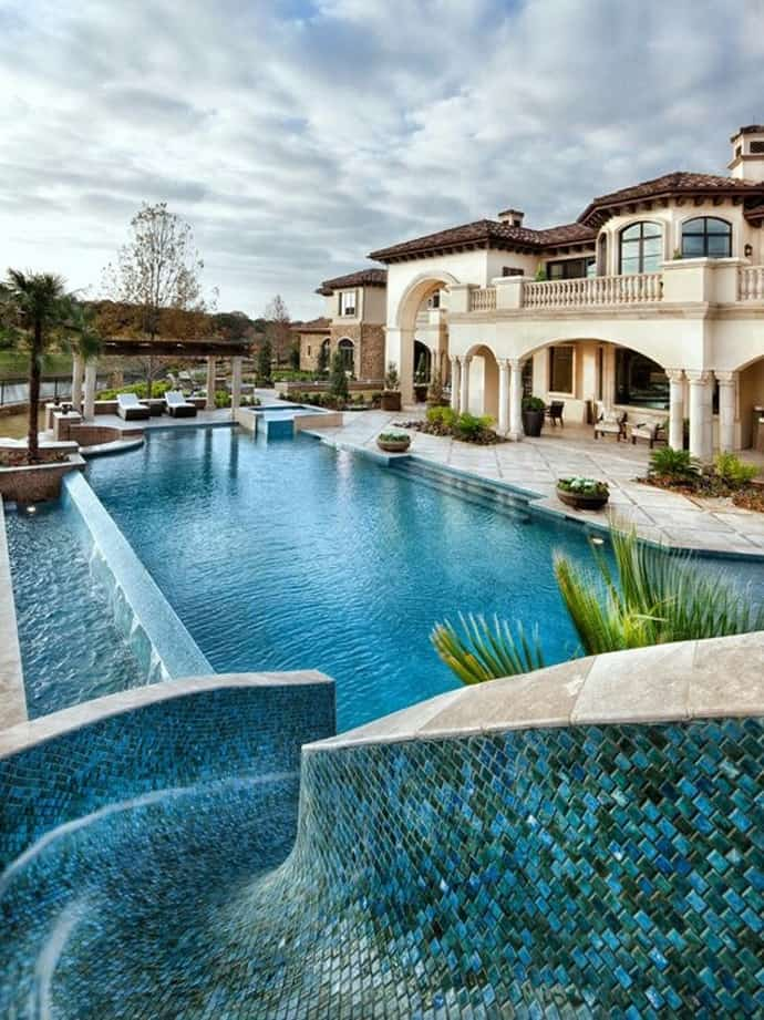 25 Most Amazing Swimming Pools Ever