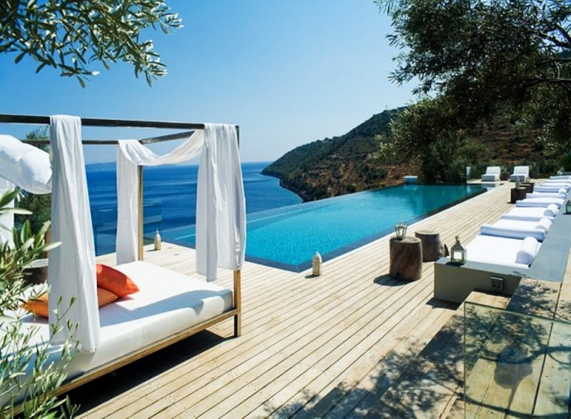 amazing swimming pools that bring the blue magic at home
