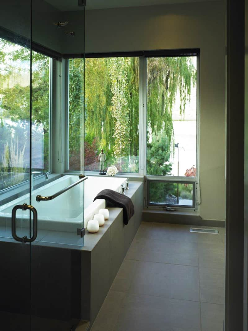 35 Ideas Of Outdoor Bathrooms That Go Into The Wild Part