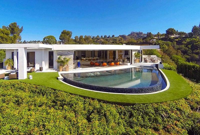 Contemporary Pool House by Ferrugio Design  Associates