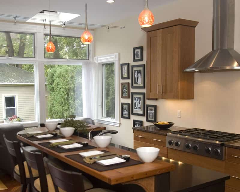 40 Kitchens With Large or FloorToCeiling Windows