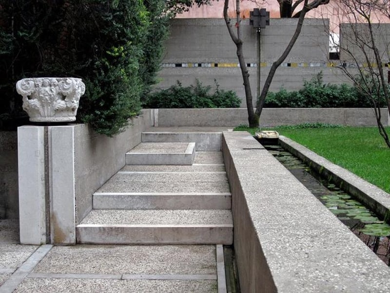 40 Ideas Of How To Design Exterior Stairways | Concrete Stairs Design Outdoor | Beautiful | Roof Deck | Storage Underneath | Exterior | Modern