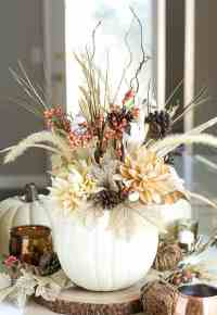 30 Charming White Pumpkin Fall Decorations for A Festive ...