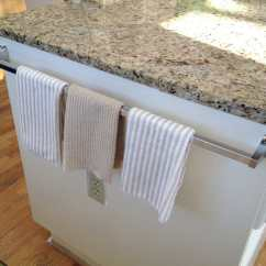 Kitchen Towel Bar Moen Faucet Leaking 17 Examples Of Holder Make The Most Your If Space Permits Fix On One Side Cooking Island You Can Take Them Easily While And Put To Dry Afterwards