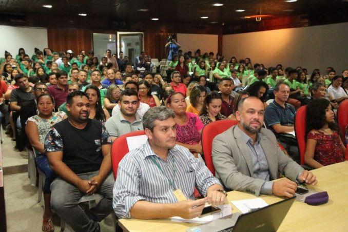 A sessão foi realizada no auditório João Batista, na Assembleia Legislativa do Pará.