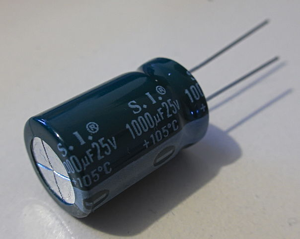 Difference Between Capacitor And Resistor Difference Between