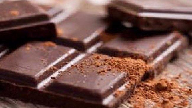Atasi Depresi dengan Coklat Hitam