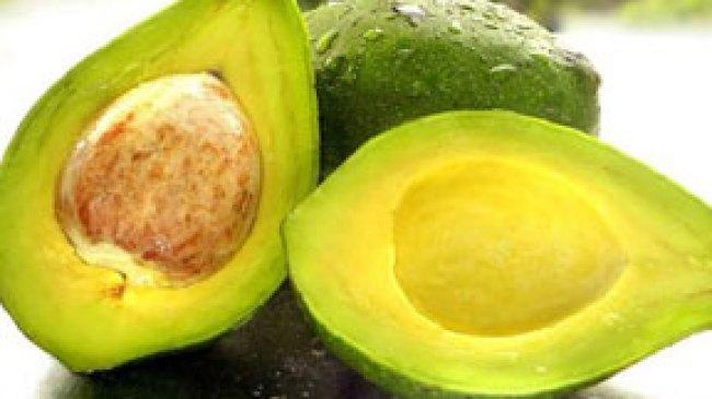 Cegah Kerutan di Wajah dengan Buah Alpukat (Avocado)