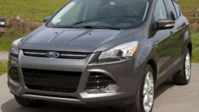 Mobil Ford Escape Mengalami Penarikan