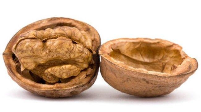 Kacang Walnut, Bantu Bersihkan Racun Pada Lever
