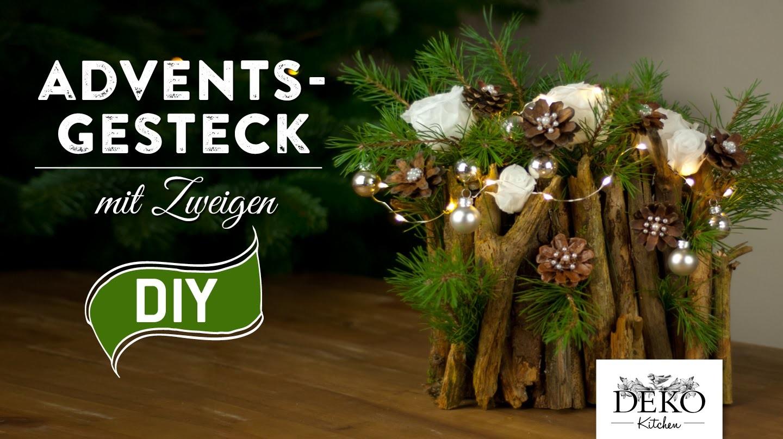 Weihnachtsdeko basteln  Adventsgesteck mit Zweigen Howto