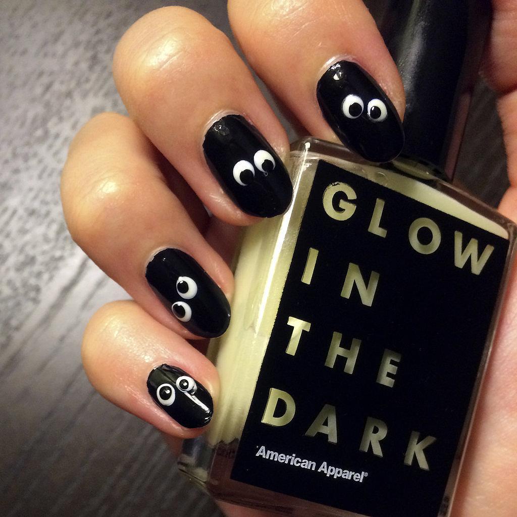 Glow Dark Nail Art