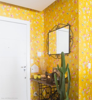 yellow floral rooms colorful bold awesome diys papel bedroom wall flowers pink entryway artigo