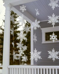 20 DIY Outdoor Christmas Decorations To Start On This Weekend!
