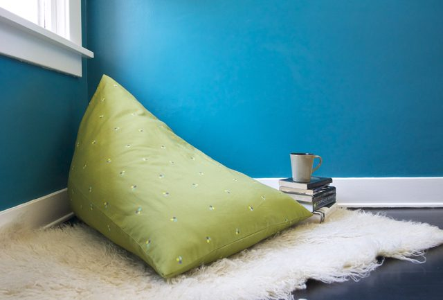 These 18 DIY Bean Bag Chairs Will Take the Familys