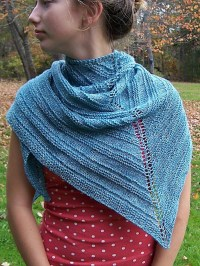 15 Beautiful Knitted Shawls for Beginners
