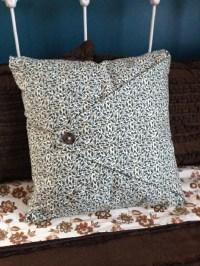 How To Make An Envelope Pillow Case. Envelope Pillow Cover ...