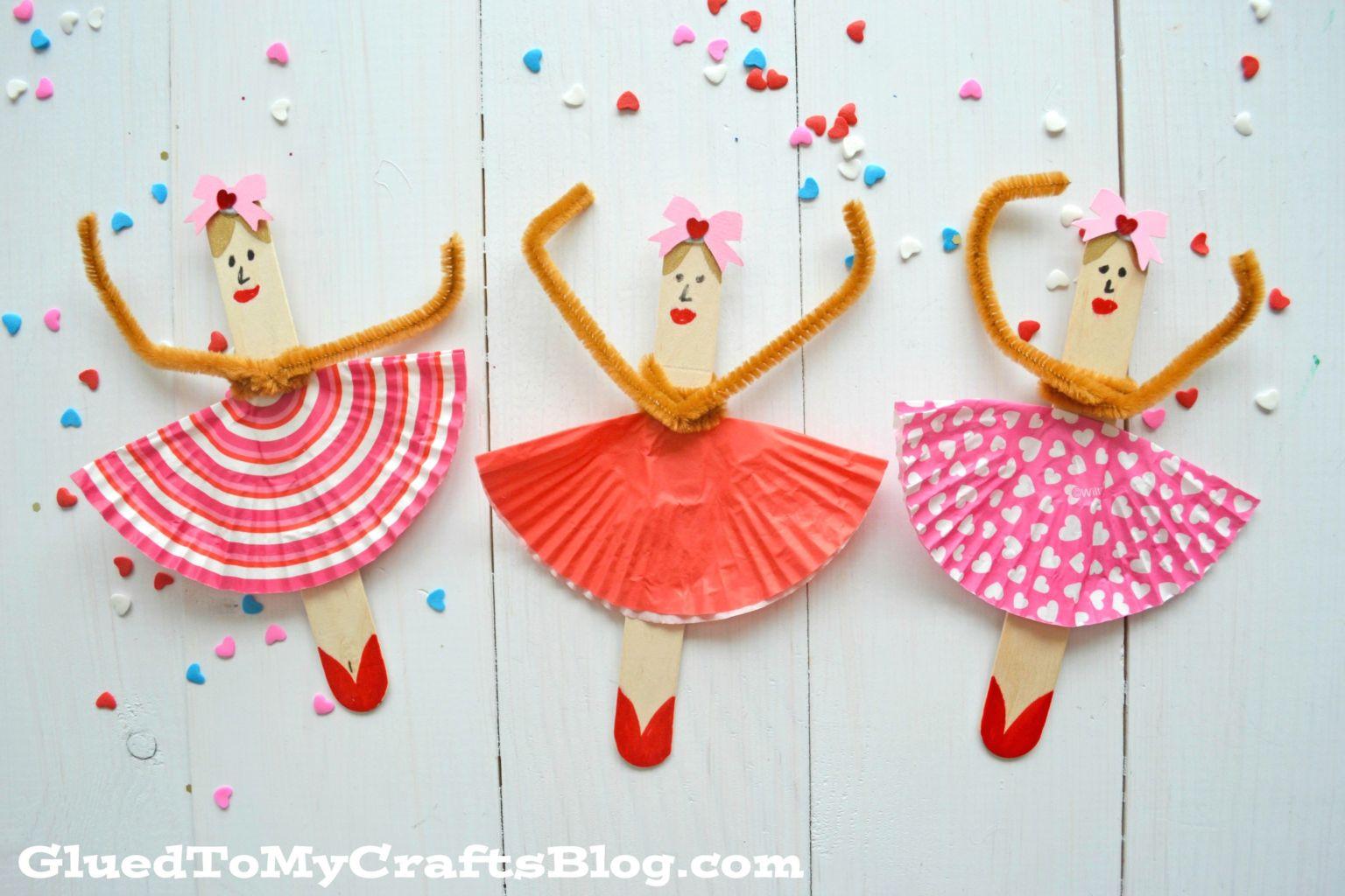 10 Cupcake Liner Crafts