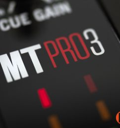 review numark mixtrack pro 3 controller [ 2048 x 1365 Pixel ]