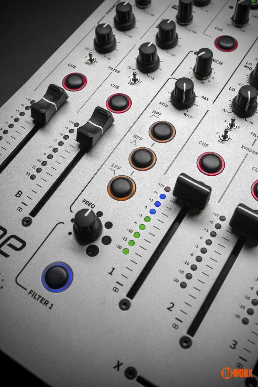 Allen & Heath Xone:96 mixer review first look preview (5)