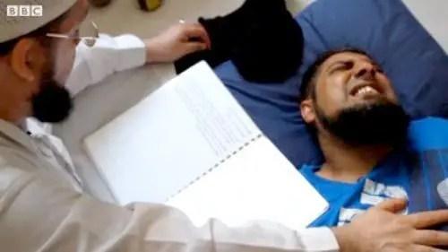 معالجة تلبس الجن المنتشرة والمقننة في العديد من الدول العربية