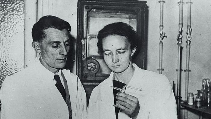 ماري وبيير كوري