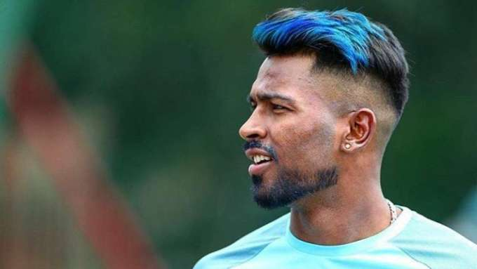 peacock bowling to de kock': hardik pandya colours his hair
