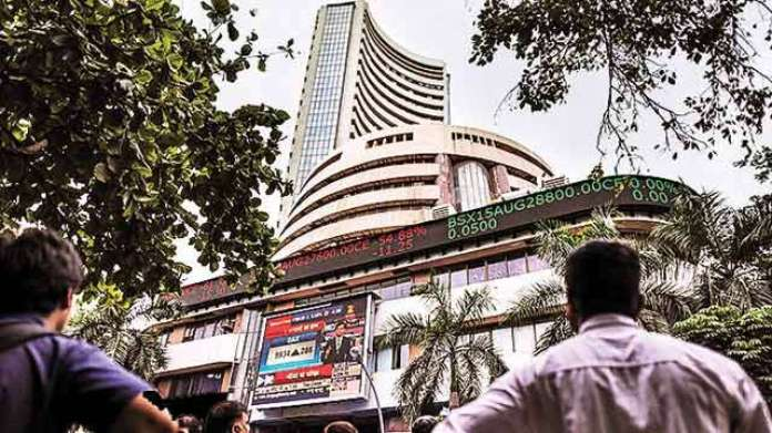 Bloodbath at Dalal Street wipes out Rs 5.6 lakh crore from investor wealth  in just 4 days