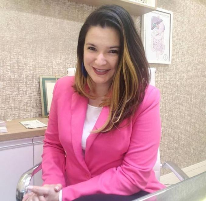 Thayanna Albuquerque   - Nutricionista e mestre em Neurociência e biologia celular
