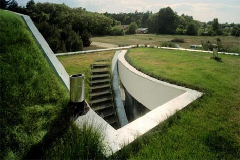 underground-stairs-home-entry