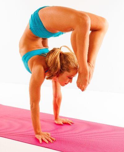 Yoga Poses For One Person Hard : poses, person, Flexibility, Extreme, Challenge, Images, Amashusho