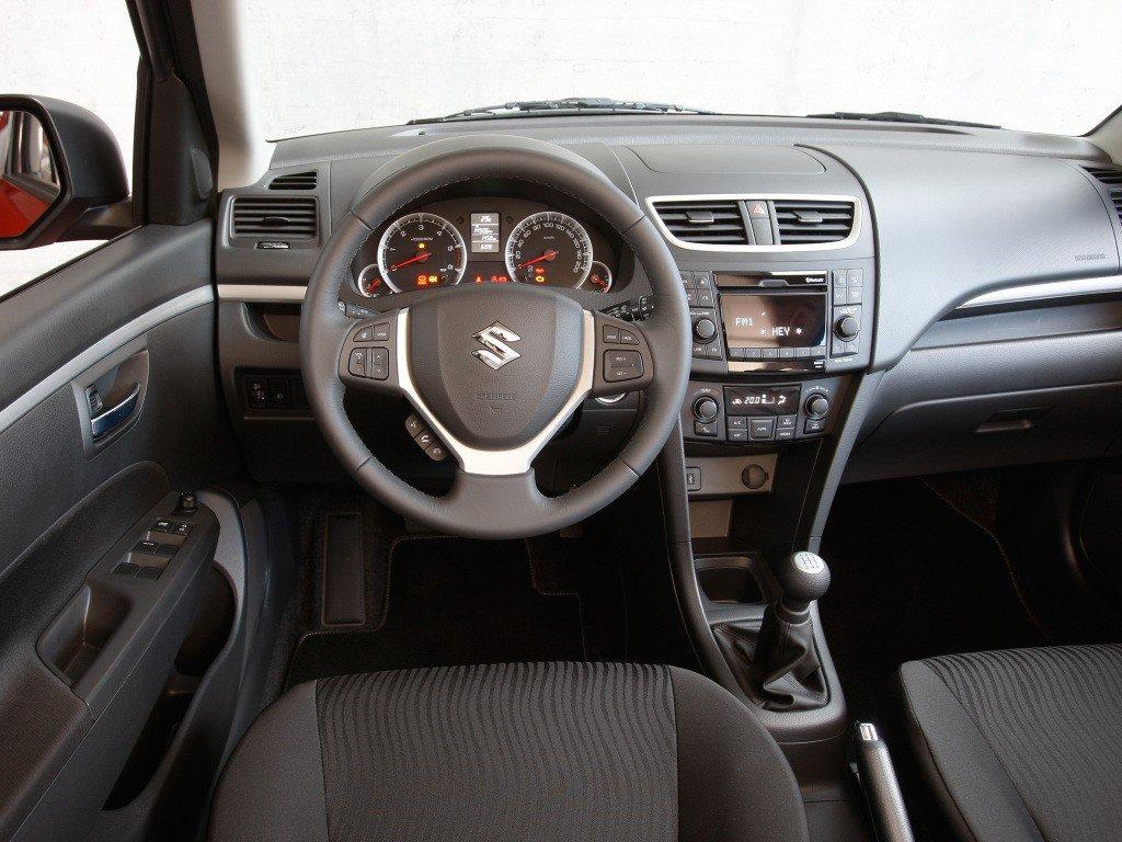 Suzuki Swift (2010-): Review. Problems. Specs
