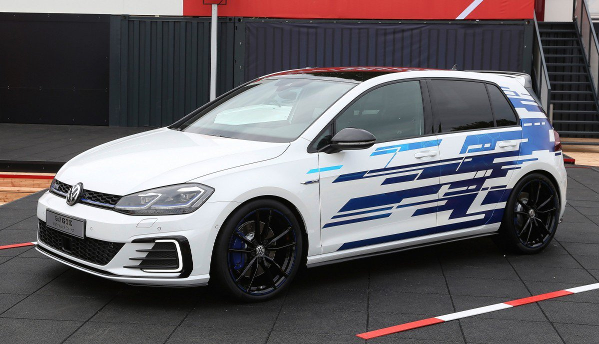 hight resolution of vw explores the golf gte s tuning potential with two w rthersee conce