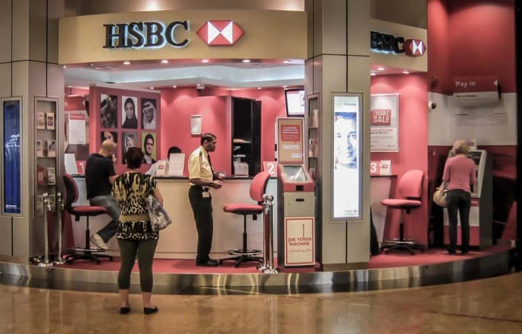 Dubai Currency Banks and Money