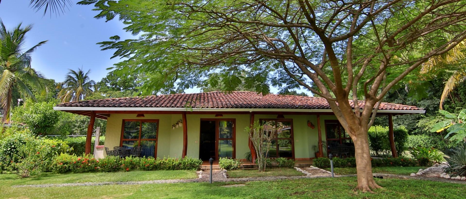 Hotel Baha Esmeralda