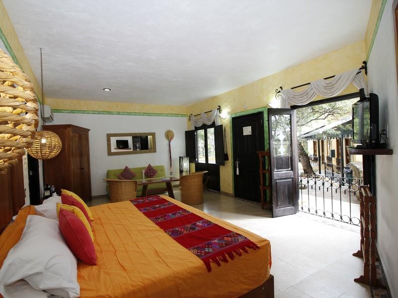 SUITE CON JACUZZI LA LACANDONA  Habitaciones  Quinta Las