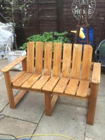 Hand Painted Pallet Bench Ideas - Easy
