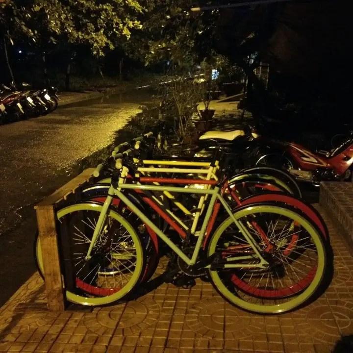 reclaimed pallet bike rack easy