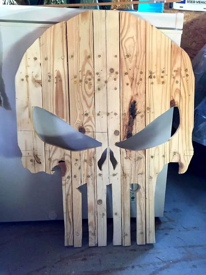 skull chair walmart portable chairs pallet adirondack painted flag diy easy ideas low cost