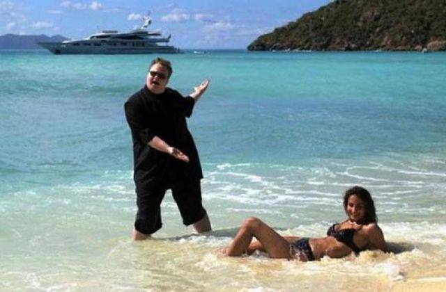 18 - 24 Beautiful Bikini Beach Shot FAILS!