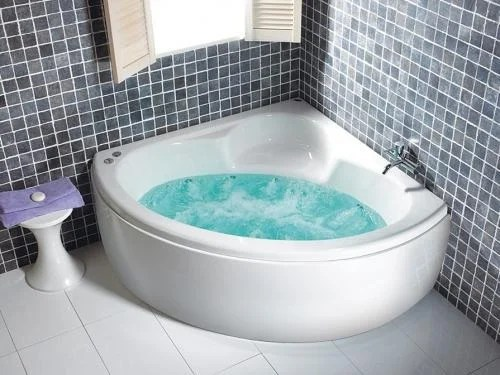 Carron Monarch 1300 x 1300 Whirlpool Corner Bath