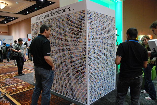 microsoft-apps-wall