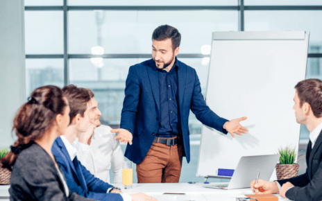 5 Team Management Skills To Facilitate In Online Training