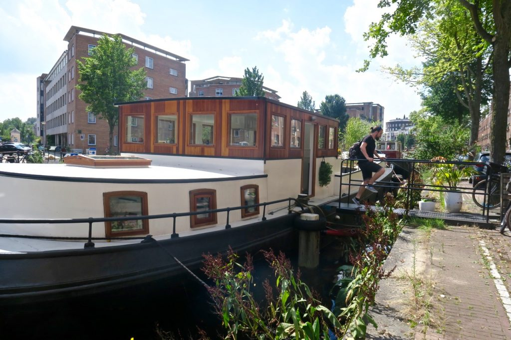 Alternative Amsterdam House Boat