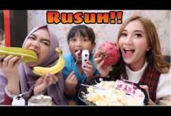 Cara Memasak CARA MEMBUAT FRUIT SALAD.. RUSUH !!  with Ria Ricis || Marisha Chacha